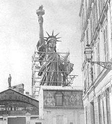 statue_of_liberty_in_paris